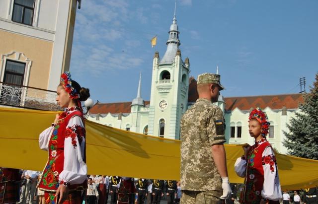 У Мукачеві завтра пройде парад вишиванок