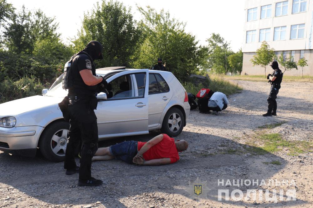 В Ужгороді затримали огранізатора схеми нелегальної міграції до країн ЄС (ФОТО)