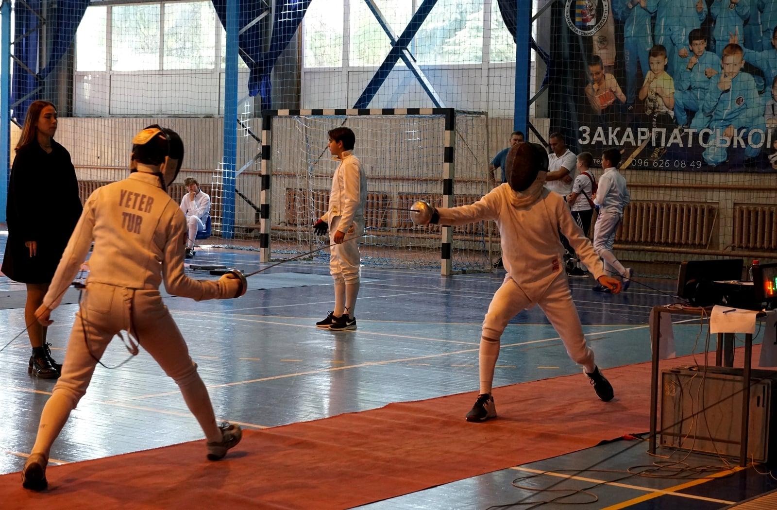 В Ужгороді розпочався Всеукраїнський турнір з фехтування на шпагах
