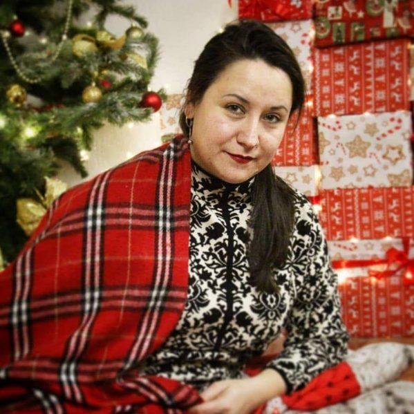 Волонтери Мукачева подякували благодійниці Галині
